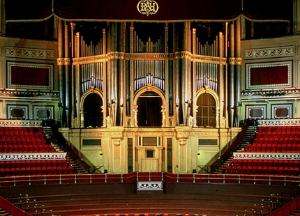 Concert halls & organs humidification
